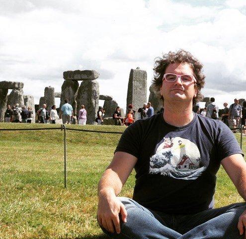 Ludo a Stonehedge